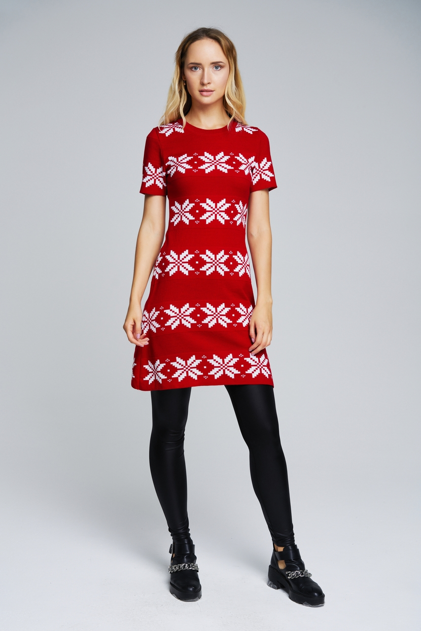 e5f48b0bc824 Knitted dress with a Christmas pattern | Women | SVTR